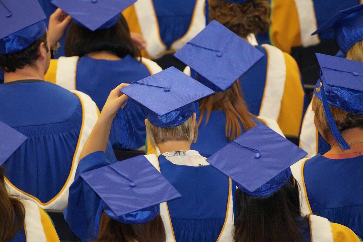 Limitarea la strict două mandate pentru rectorii universităţilor