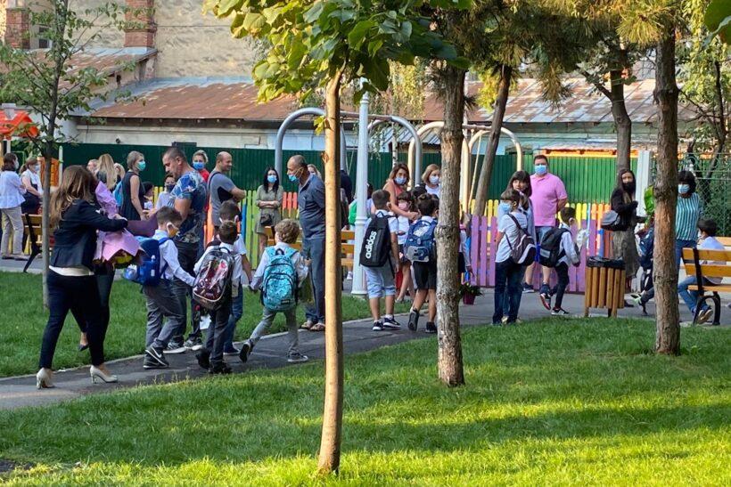 Prima zi de școală: prevederi legale importante pentru ...  |Prima Zi De școală