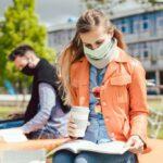 Cursurile față în față la facultate, condiționate de vaccinare? Universitățile din Anglia sunt sceptice că i-ar putea forța pe studenți să dovedească faptul că s-au vaccinat